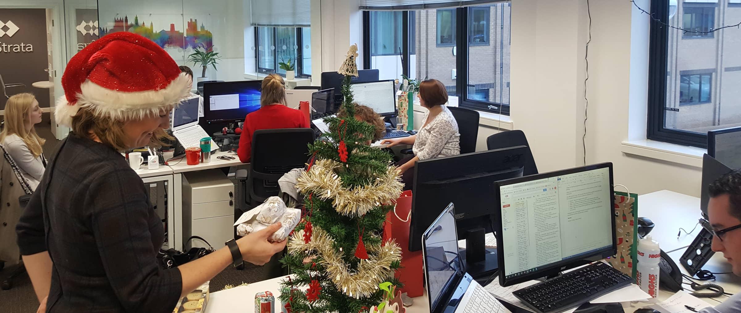 christmas-office@2x