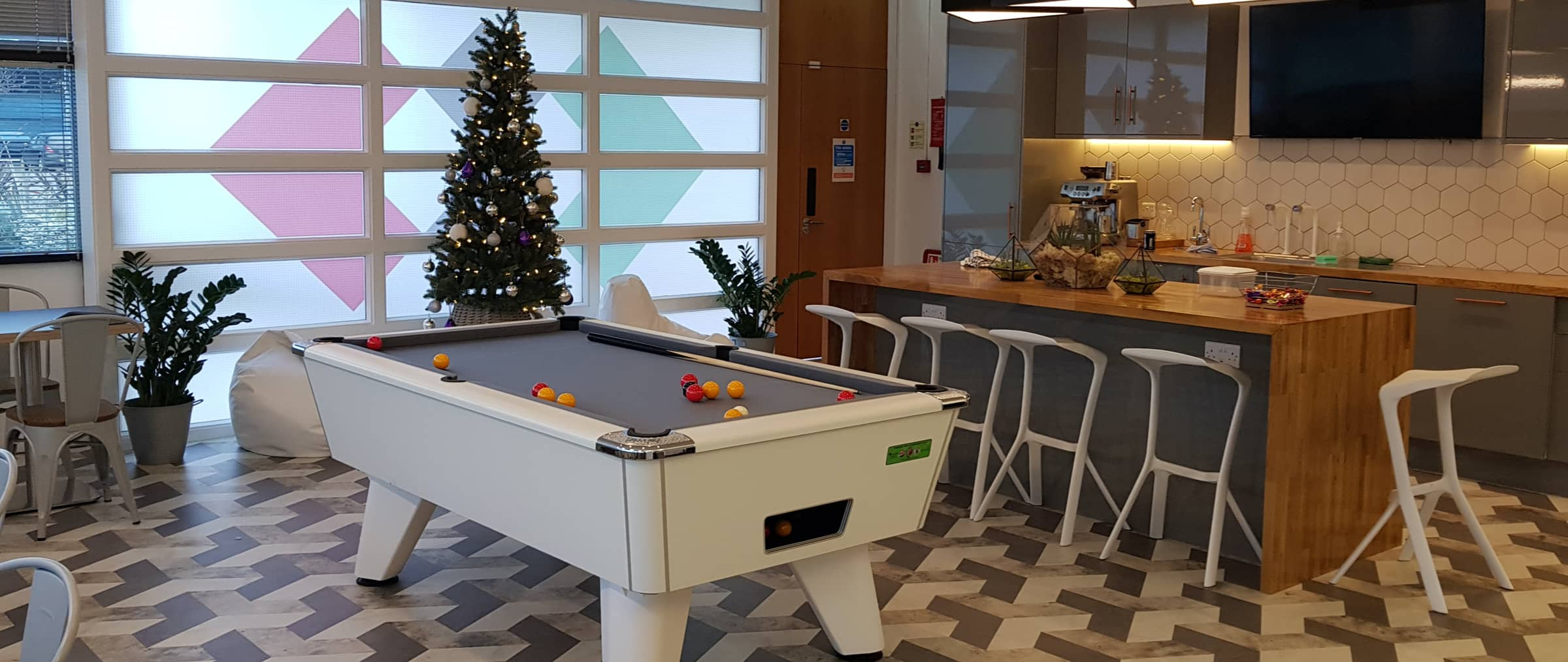 office-pool-table@2x